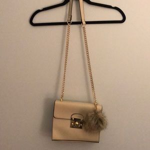 Beige purse - never been used